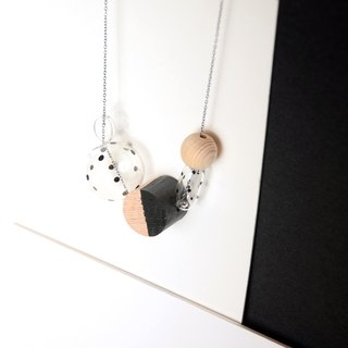 CARINA BLACK - Glass Bubbles +Handpainted wooden beads Necklace