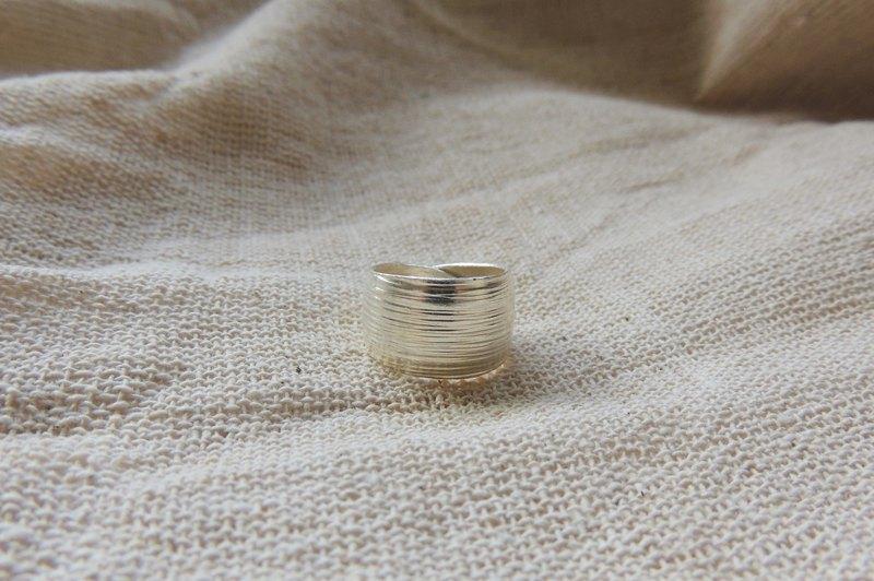 寬版 刻紋 活圍戒指 / 925純銀