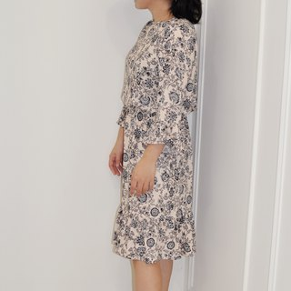 Flat 135X Taiwan designer series wave sleeve dress cotton beige vine cloth five-point sleeve