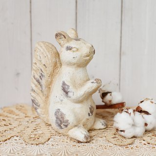 [Good day fetish] day miscellaneous zakka retro distressed old squirrel ornaments