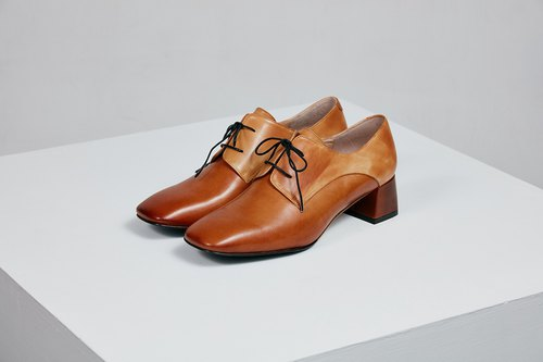 H THREE classic square derby with shoes / sand brown / rough with / retro