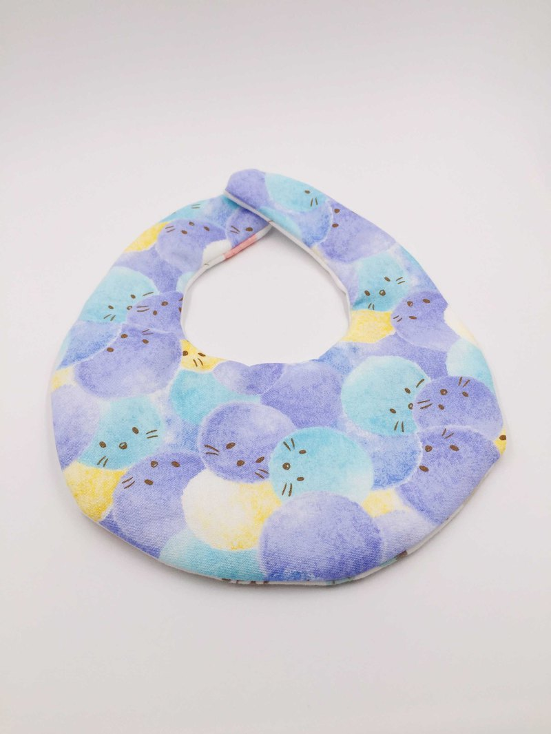 Hair ball cat blue bib double yarn saliva towel design
