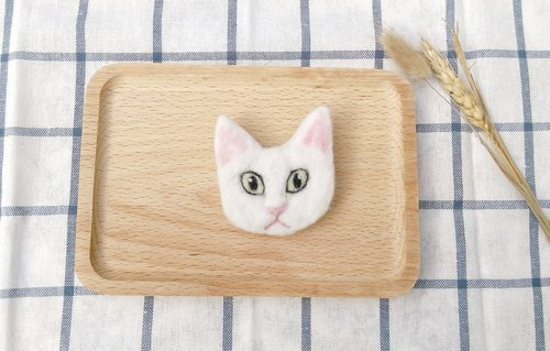 Needle Felt White Cat Brooch