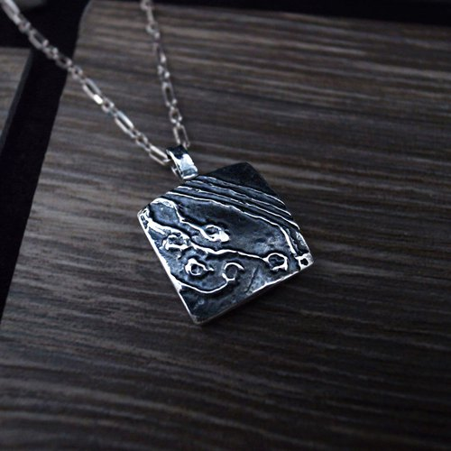[Matrix sterling silver pendant / small pendant] 925 sterling silver pendant / circuit / square / geometric pattern / can be put into a couple to the chain (without chain)
