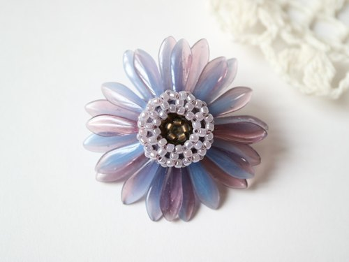 "Gerbera Brooch ""blue purple"""
