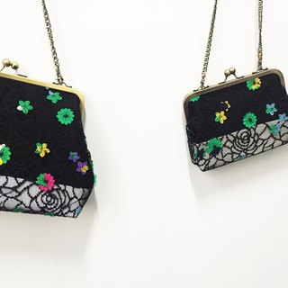 black flowers clasp frame bag/with chain/ cosmetic bag / shoulder bag  /