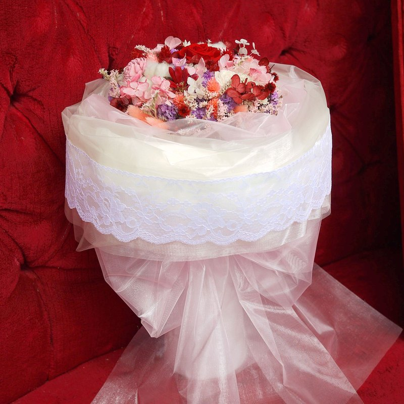 Crown of Red Crown - Customized Red Roses Bouquet of Everlasting Flowers (Standing) Birthday/Proposal/Valentine's Day
