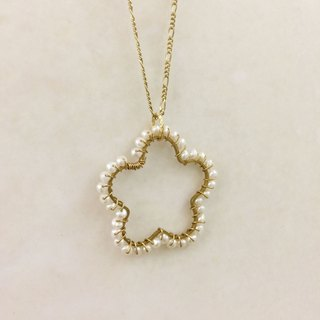 ∴Minertés = ‧ pearl brass flower necklace ∴