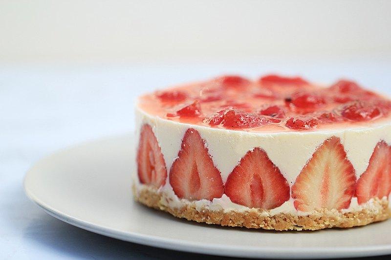 草莓乳酪蛋糕  6寸。可客制蛋糕插卡