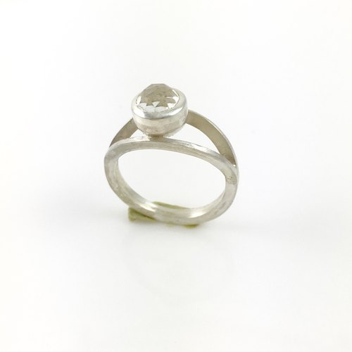 Natural White Quartz Gemstone Sterling Silver Ring