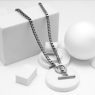 Recovery checkered chain necklace (ancient silver)