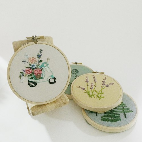 embroidery nature (สะดึง)