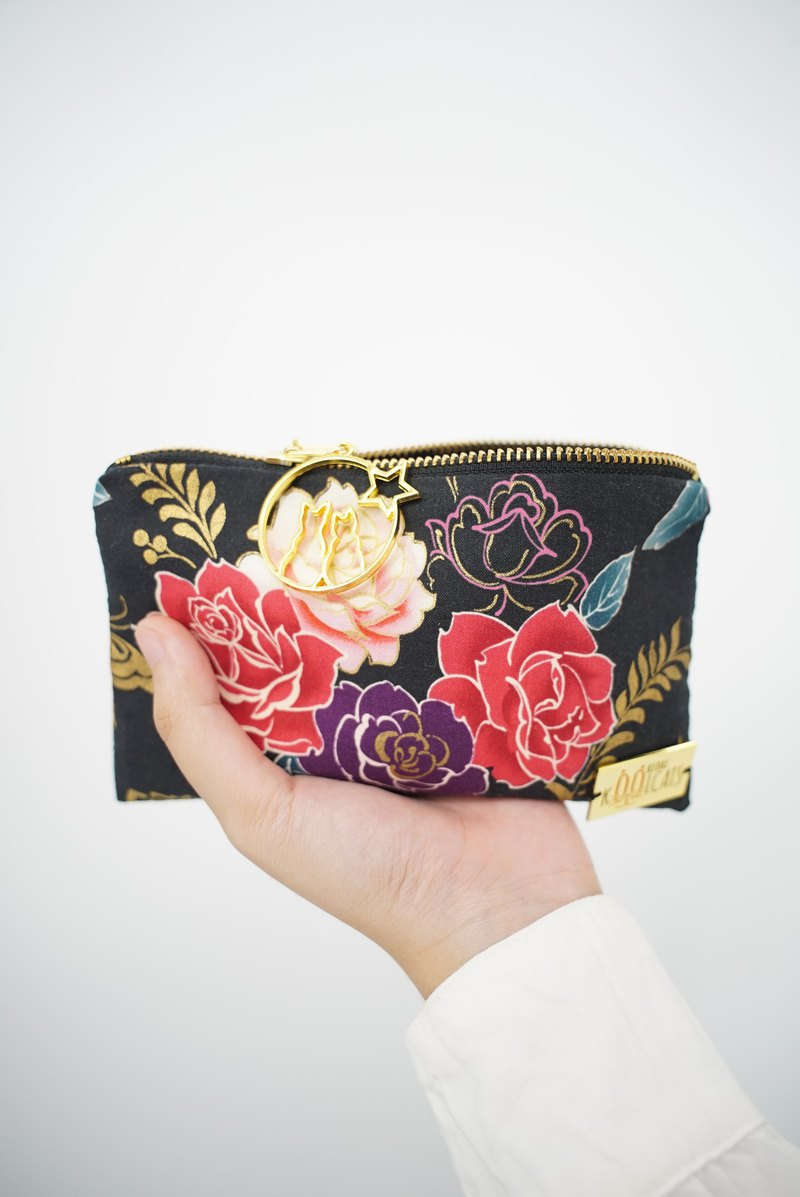 Zipper Pouch in Flowers on Black