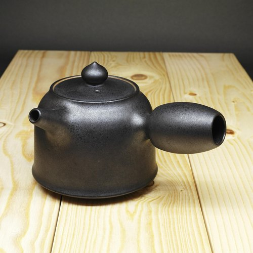 Xuan Yu gun nozzle bell peach button side of the teapot hand pottery tea props