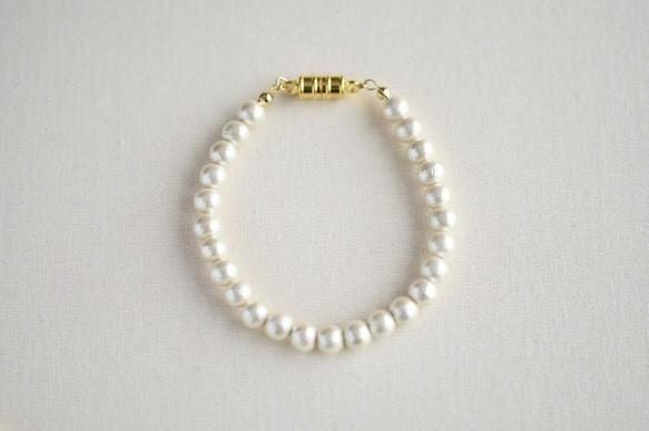 6mm cotton pearl bracelet  magnet