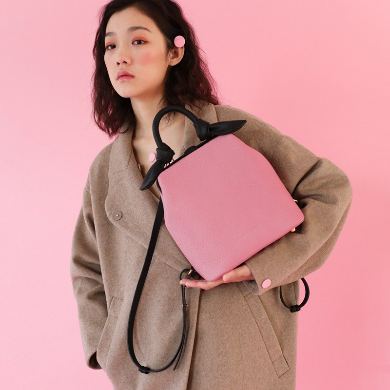 Sakura pink croissant gold back backpack hand-stitched imported top layer cowhide handmade sewing leather bag