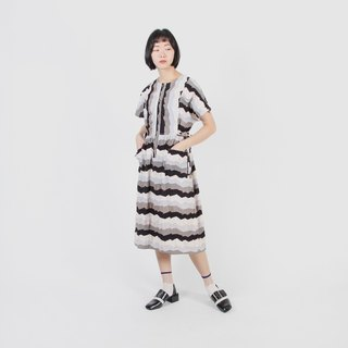 [Egg plant ancient] mountain silhouette printed cotton vintage dress