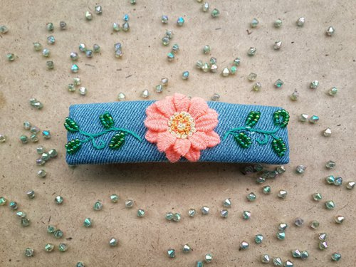 Exclusive order - R ee denim daisy embroidery hair clip HA001