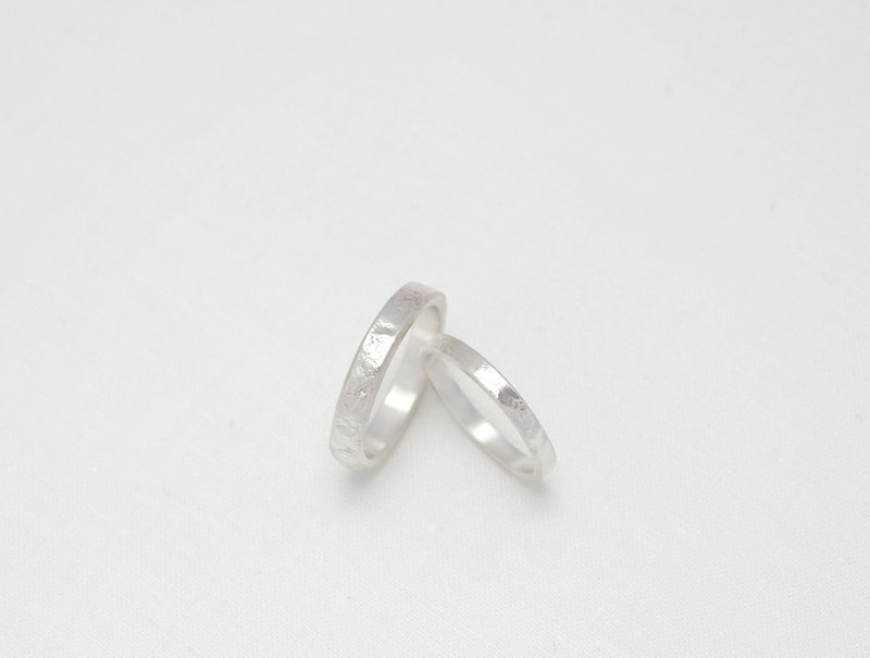Ni.kou silver wrinkle lines couple ring