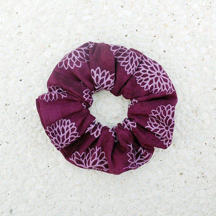 Hydrangea hair bundle _ purple / large intestine ring donut hair ring