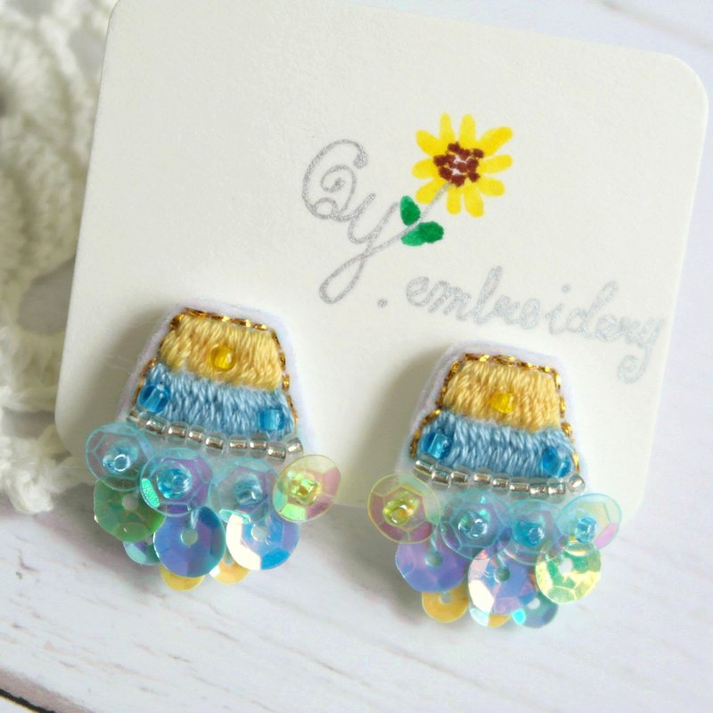 Qy.embroidery Candy Contrast Colorful Embroidered Handmade Ear Stud Ear Clips Trapezoid Bright Yellow and Aqua Blue