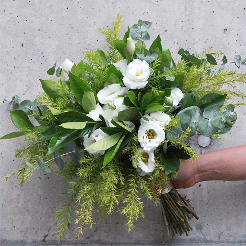 Blooming flowers-white-green fast-priced American wedding bouquet #1472