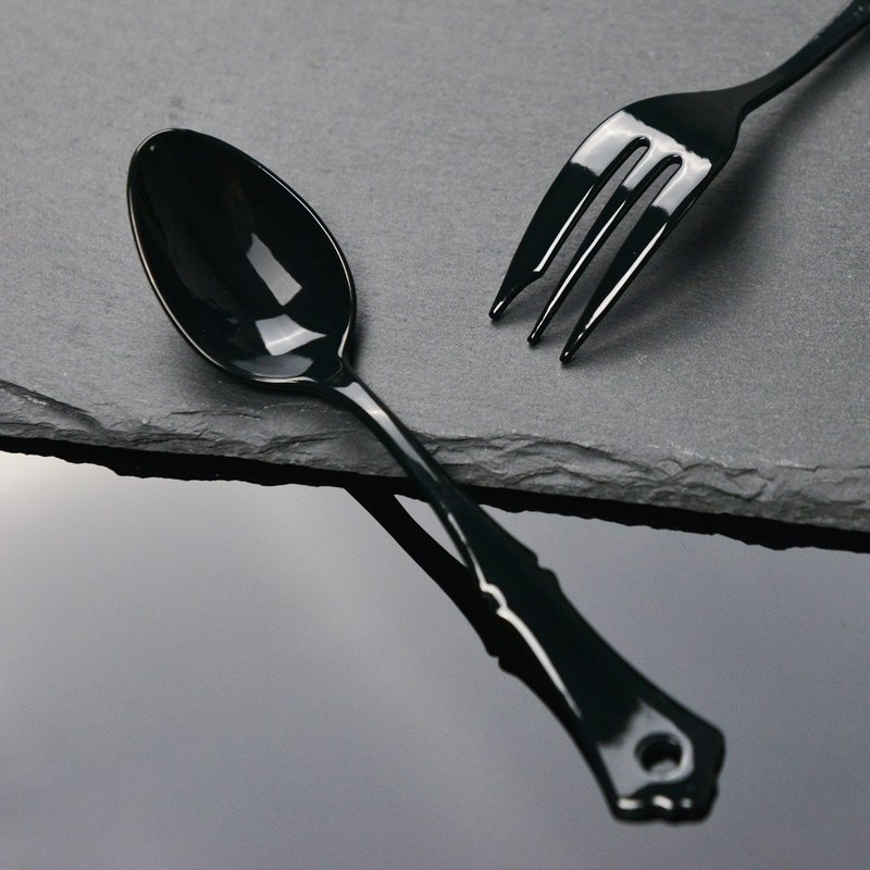 Japanese high mulberry elfin elegant black enamel teaspoon (2 in)