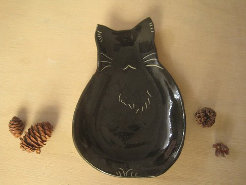 DoDo hand made animal silhouette styling tray - cat. sitting posture (black)