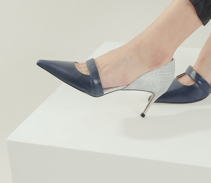 Arc small window stitching leather high-heeled shoes blue