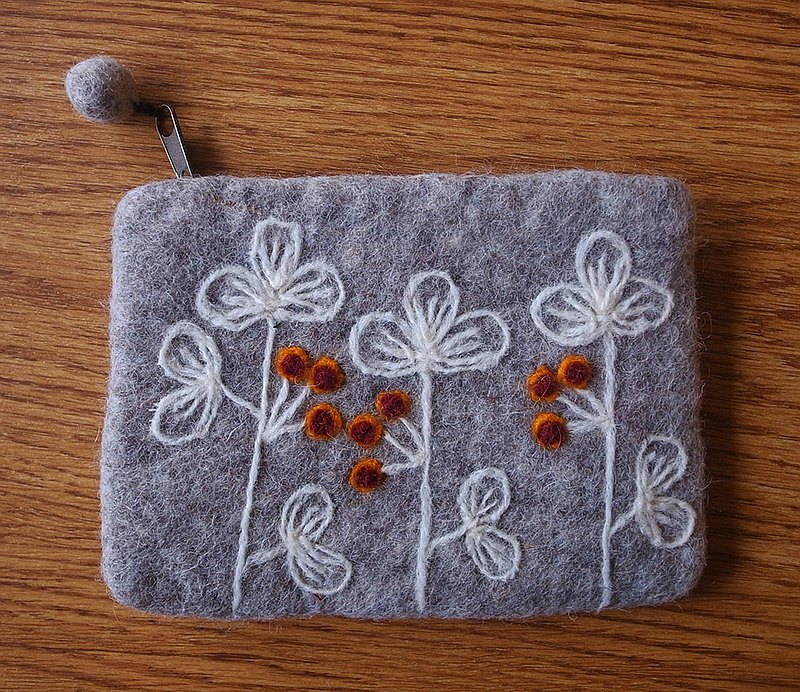 Zippered coin purse pouch purse gray grey wool fabric with flowers