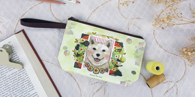 <Animals in the Secret Land> Happiness Shiba Inu Dog in summer Clutch / Pouch