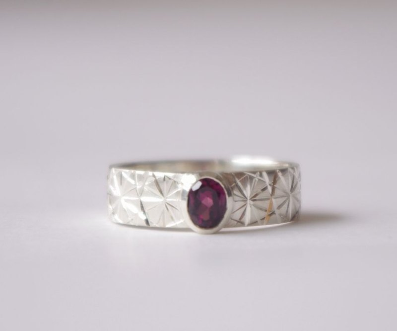Silver & load light garnet ring KIRICO (Chirico)