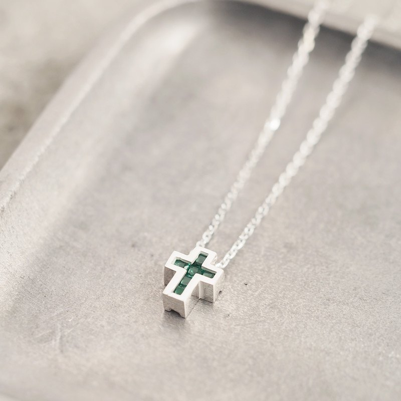 Cube stone Emerald Cross Necklace 925 Silver