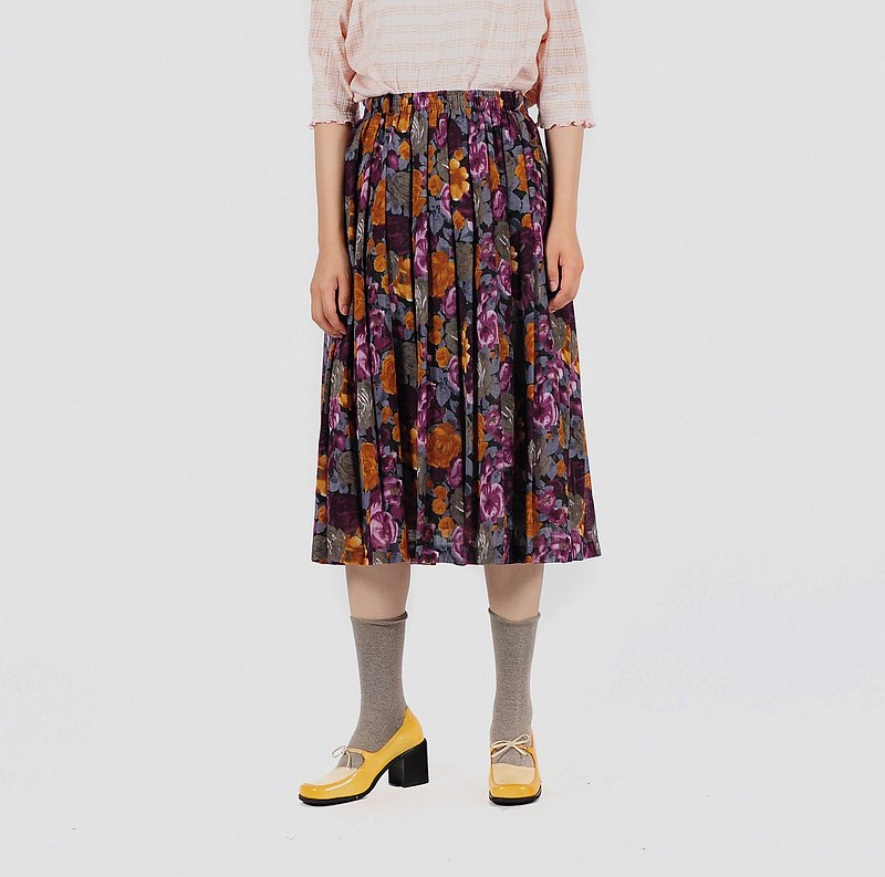 【Egg Plant Vintage】 Fragrant Floral Wall Print Pleated Ancient Skirt