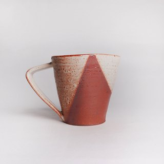 Ming bud kiln l simple geometric color Zhiye iron triangle triangle mug