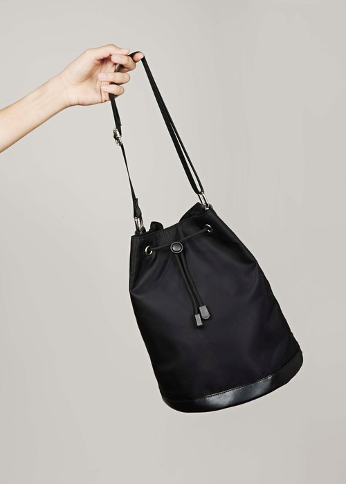 Bucket Bag by I'm Peter Peter - Black
