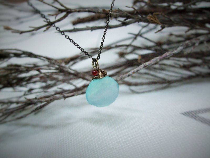 Necklace - retro flavor - topaz - blue chalcedony