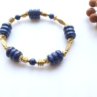 Blue sea- Lapis brass bracelet