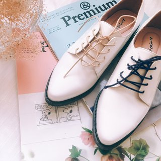 Do not squeeze the gentleman shoes! White-cream cream matte Derby shoes iceberg white full leather