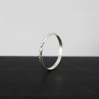 No.252.1 SILK THREAD RING Silver Wire Ring (Hammer) - Sterling Silver