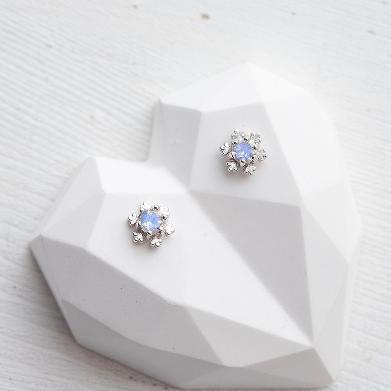 鑽面拉長石925純銀雪花耳環