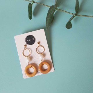 White sugar donut ear pin / ear clip handmade earrings Korea direct