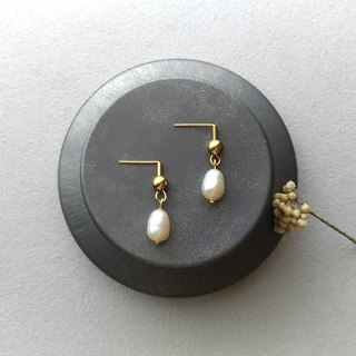 俪人-Brass pearl pin clip earrings