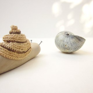 Wooden Snail, Wood carving, Miniature art, Wooden sculpture, home decor, reclaimed wood