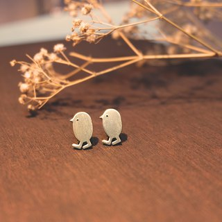 Walking tiny bird brass earrings