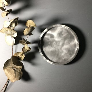 Thunderstorm - small round concrete tray as desk organiser or accessories holde