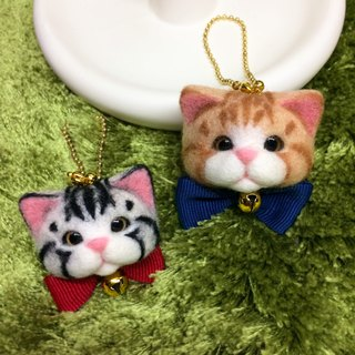 Little cat head ornaments