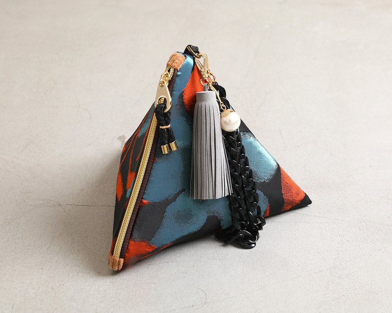Starfish's Dream triangular clutch pouch bag