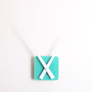 LOO DIY Wall Clock . Mint Green . White