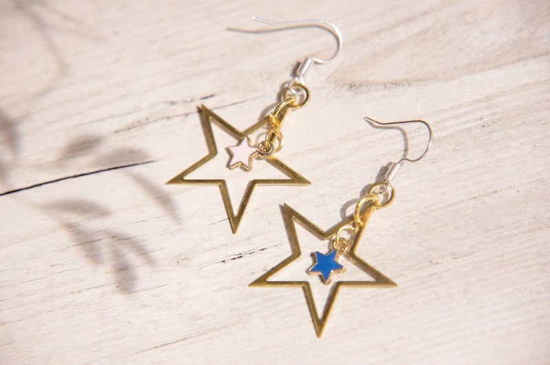 / Simple sense / retro golden hue brass earrings earrings Ear - Star Star Star Star universe vast geometric aesthetic (clip-on can be changed)